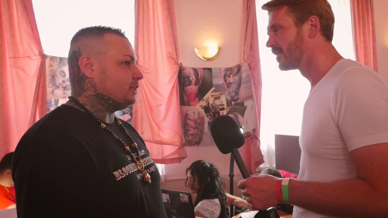 Björn Siegling im Interview mit dem antisemitischen Youtuber Nikolai Nerling.